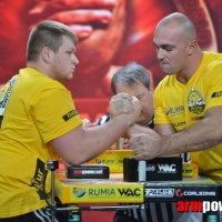 Zloty Tur 2015 - Right Hand # Armwrestling # Armpower.net
